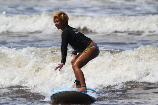 North Shore Surf Girls - Surf School: surfing with the NORTH SHORE SURF GIRLS