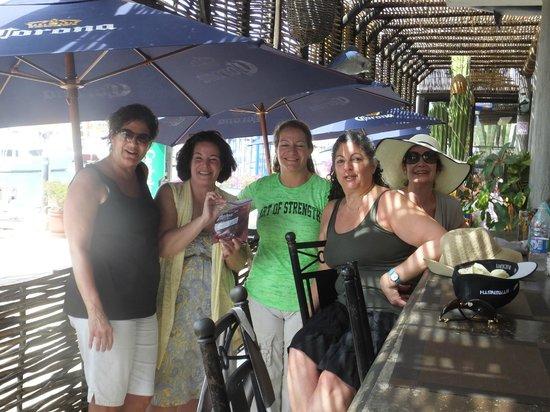 La Chatita Restaurant & Bar: The Girls