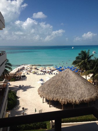 Ixchel Beach Hotel : From room 408
