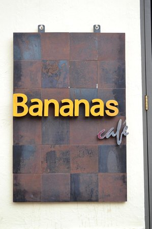 Banana's Cafe: Bananas Café
