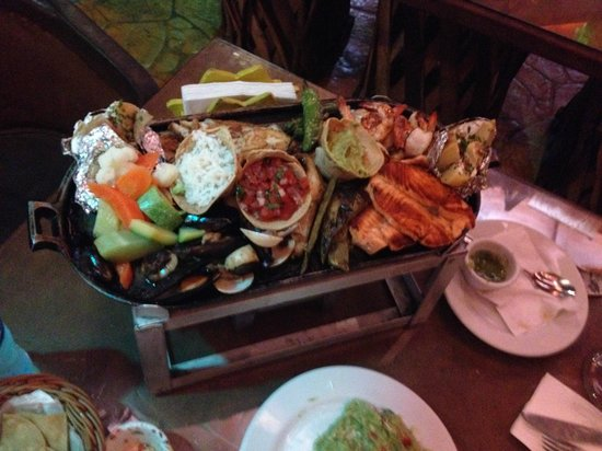Mextreme: mix seafood grill