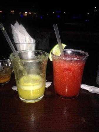 Bally Hoo Restaurante: Margaritas!
