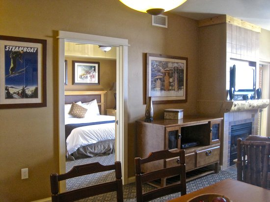 The Village at Steamboat Springs: lounge looking through to master bedroom