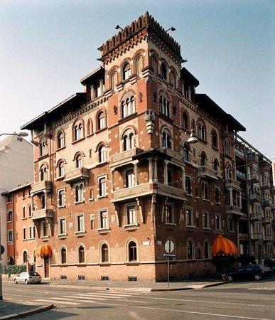 Mercure Milano Regency: Exterior View