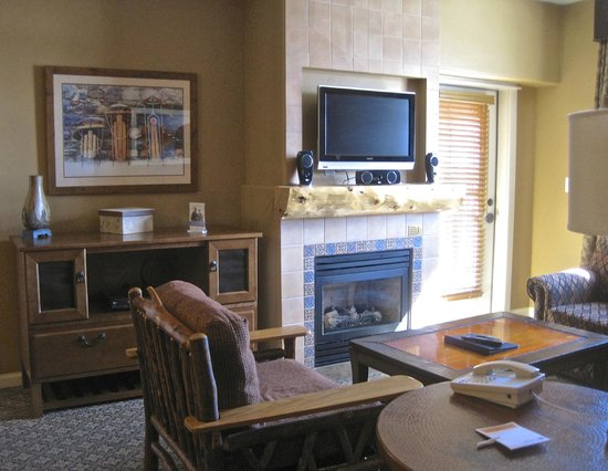 The Village at Steamboat Springs: lounge area