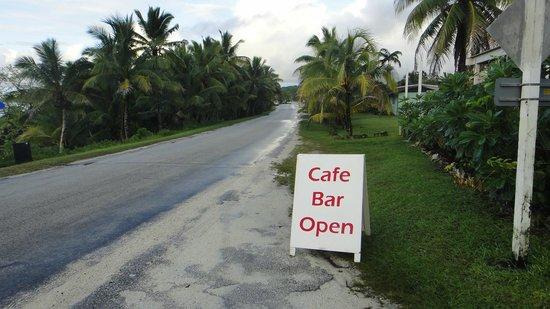 Falala Fa: sign from main road into Alofi