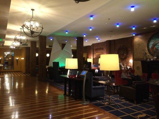 Argonaut Hotel, A Noble House Hotel: 大廳內