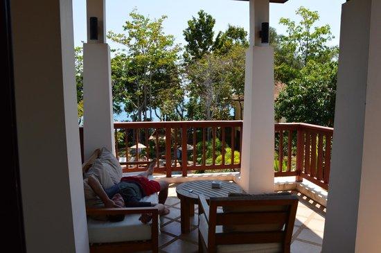 Crown Lanta Resort & Spa: Terasse