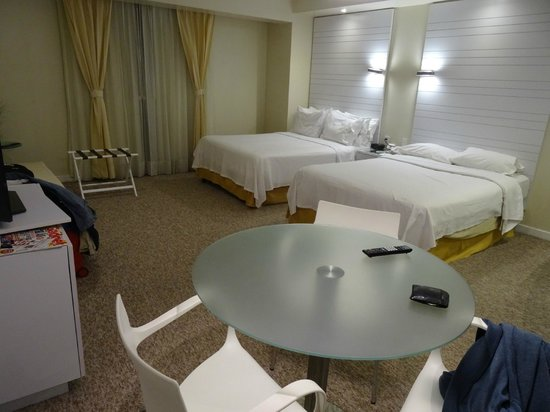 Holiday Inn Express Hotel & Suites at the WTC: Doble cama