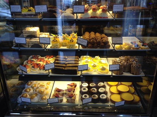 Daci and Daci Bakers: Looks Good Tastes Good Great Place