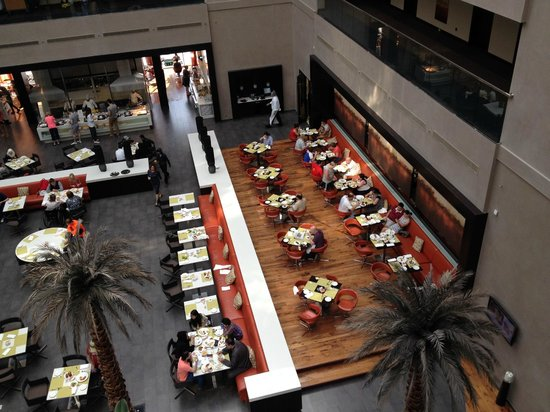 Centro Sharjah : Breakfast and Restaurant hall