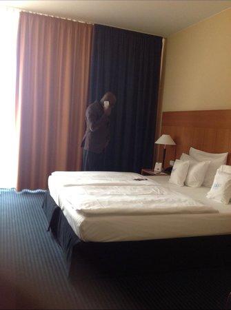 BEST WESTERN PREMIER Hotel Park Consul Köln: Mon lit