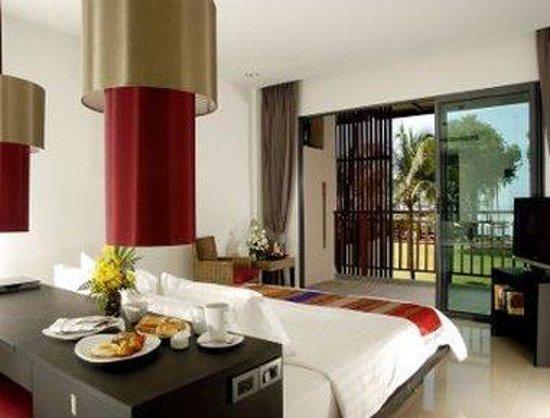 Ramada Khao Lak Resort: Deluxe Oasis Room