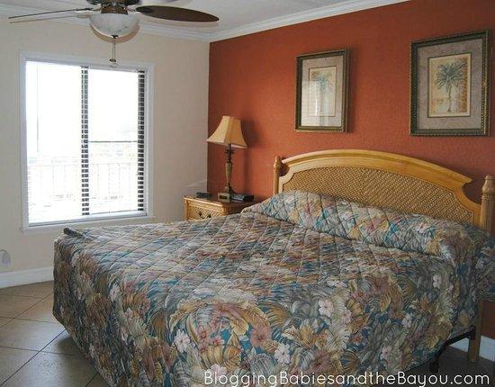 Beacher's Lodge: Master Bedroom