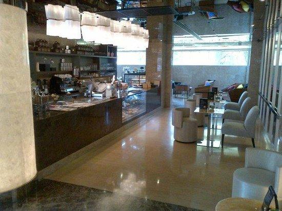 Centara Grand Phratamnak Pattaya: Coffee Shop