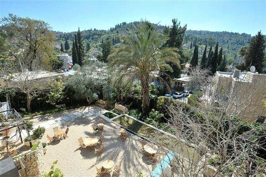 Alegra - Boutique Hotel: The view of Ein Karem