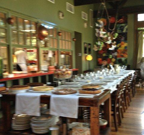 Bella Vedere Cucina: Dessert table
