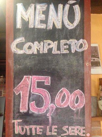 Trattoria del Ponte: Menù completo a 15 Euro... veri. E se lo chiedi ti fanno la fattura per soli 12 euro. Bravi.