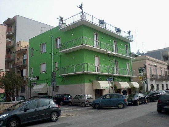 Green Wave via Fiume 25 Monopoli