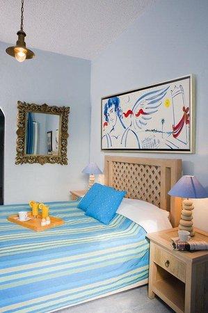Alesahne Beach Hotel: Guest room