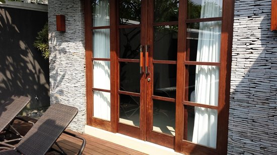 The Wolas Villas & Spa: Entry to Bedroom