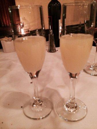 Limoncello : Lemoncello's to end the night