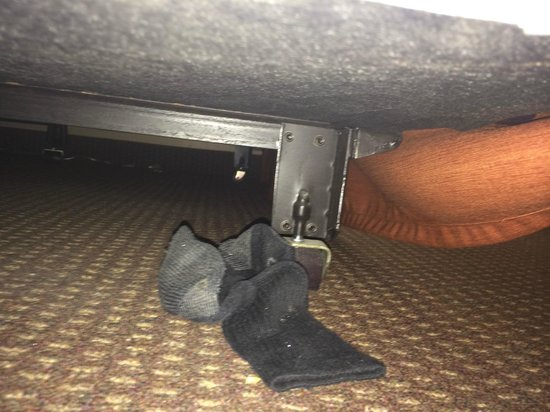 BEST WESTERN Aladdin Inn: DIRTY SOCK!