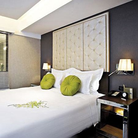 Movenpick Hotel Hanoi: Premium Deluxe Room - 1 king bed