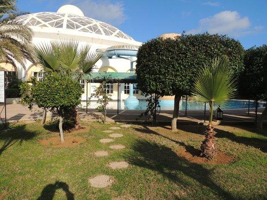 Suites Hôtel Les Charmilles & Spa : Vue terrasse des Appartements