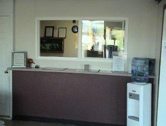 Knights Inn Bristol : Lobby