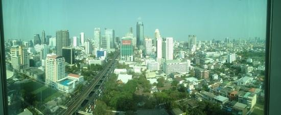 Eastin Grand Hotel Sathorn : view from our 25th floor room!