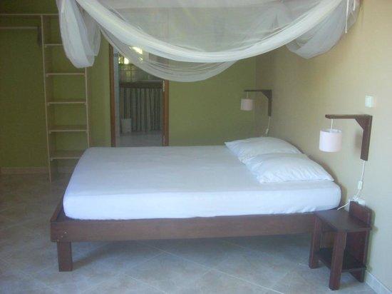 Gite Macanao: chambre rez de jardin