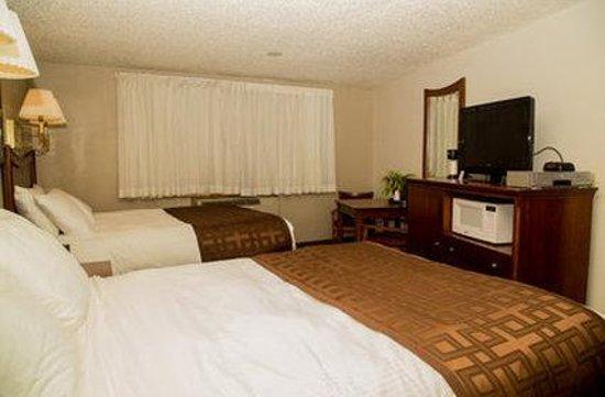 Richland Inn & Suites: Guest Room