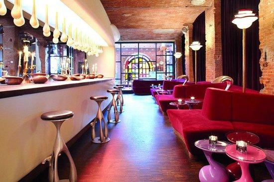 east Design Hotel Hamburg : Lobby