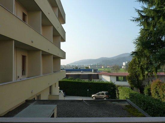 Marco Polo Terme: dal balconcino della stanza 211