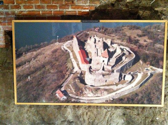 Visegrád Citadel : Вид на крепость