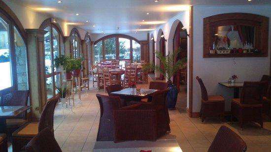 Hotel L'Oustalet: Salle à manger pour le petit déjeuner