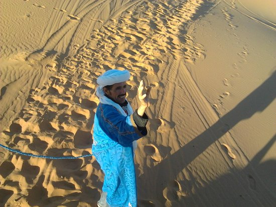 Auberge le Petit Prince : Ali - the oldest man in the desert :)