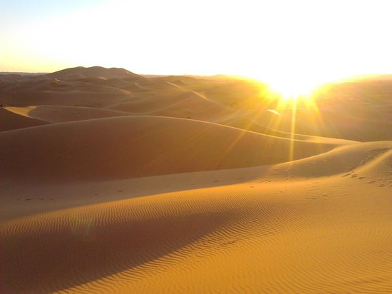 Auberge le Petit Prince : The sunset in the desert