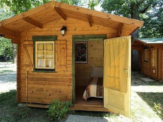 Camping Rialto: The Cute Pocket friendly Hut
