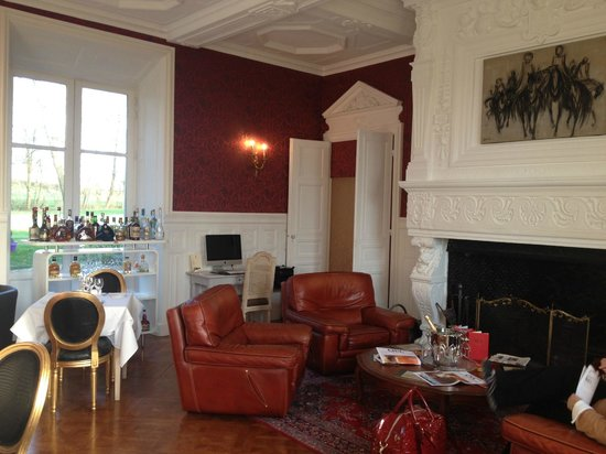 Hôtel Château De Bellefontaine : Petit Salon