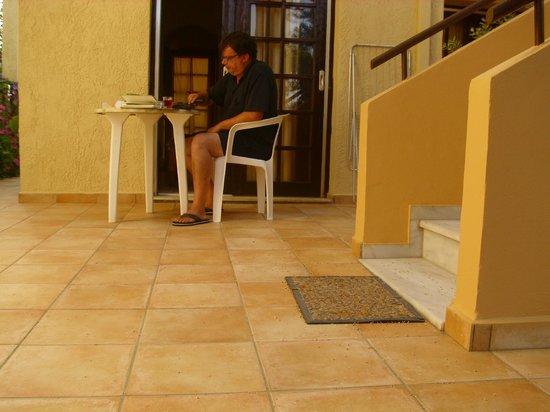 Hotel Lola : On the terrace