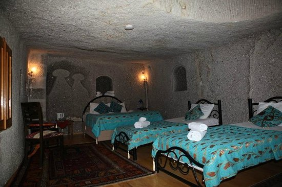 Elif Star Caves: FAMILY CAVE ROOM 5