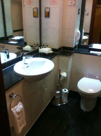 Grange Holborn Hotel: Nice clean bathroom