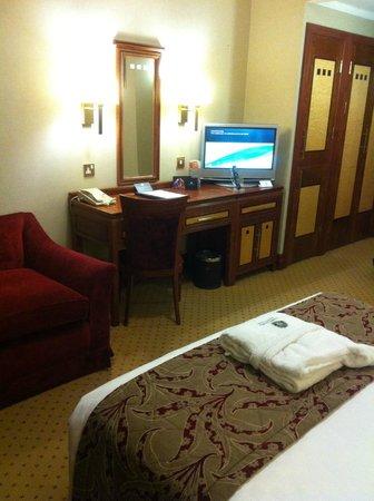 Grange Holborn Hotel: Good sized room for London