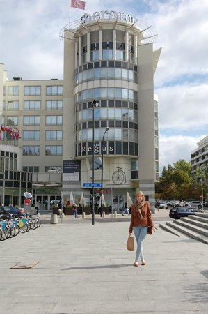 "Sheraton Warsaw Hotel: ""exteriores"""