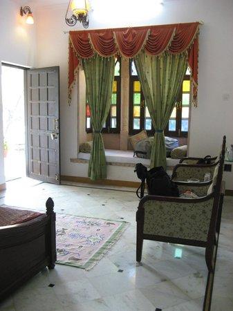 Ranakpur Hill Resort: zimmer 17