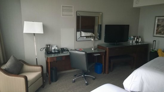 The Westin Peachtree Plaza: Room