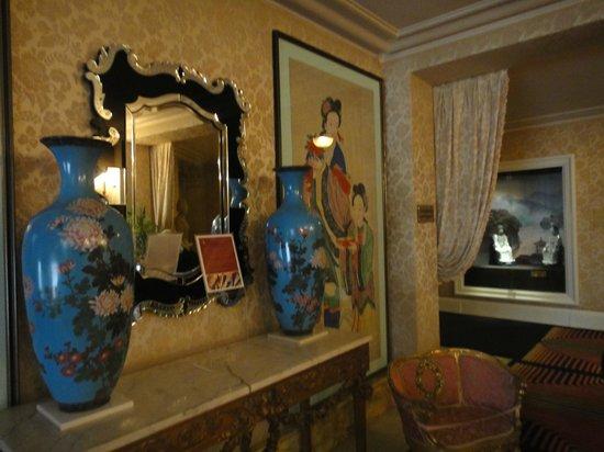 Hotel Negresco: в холле