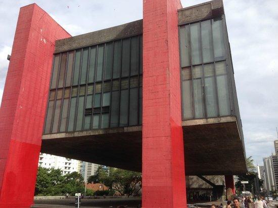Museu de Arte Assis Chateaubriand (MACC): 01